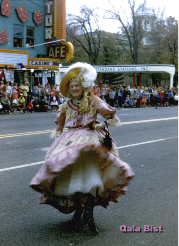 Sadie Hawkins in Nevada Day Parade 1958 - Photo by Lloydine Clayton